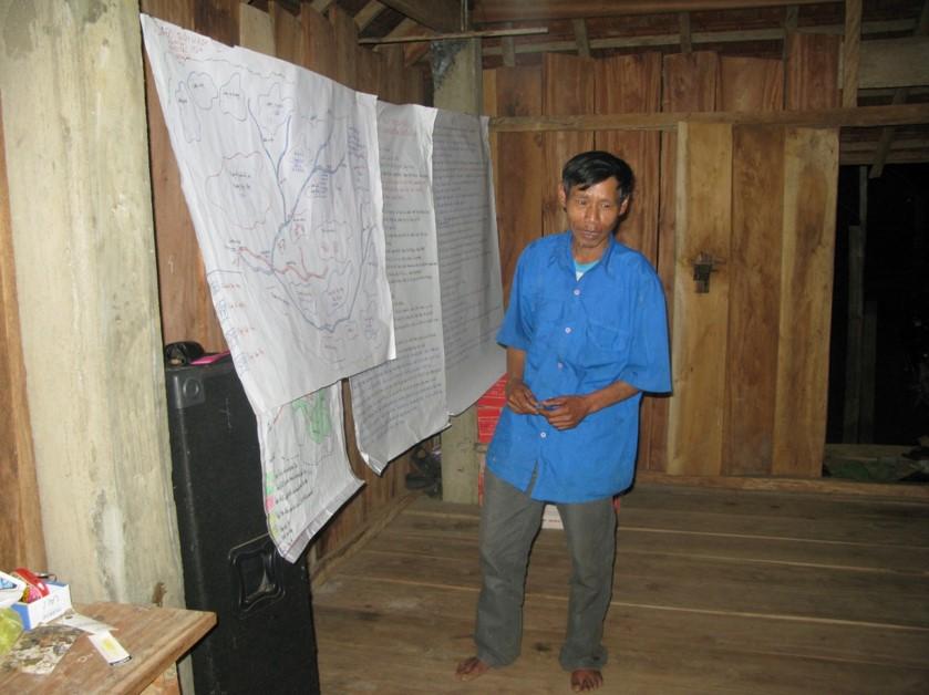 A Tri - Vi K Oa village Elder