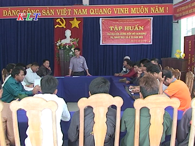 CENDI Training on harmful effects of GMOs and pesticides in Dak Nen commune, Konplong district, Kon Tum province