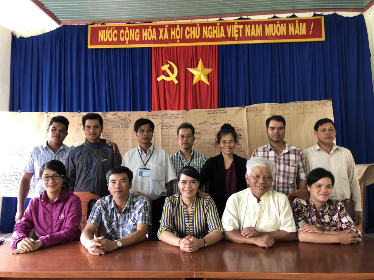 UBND xã Pờ Ê ủng hộ chương trình hành động năm 2019 của Viện CENDI.